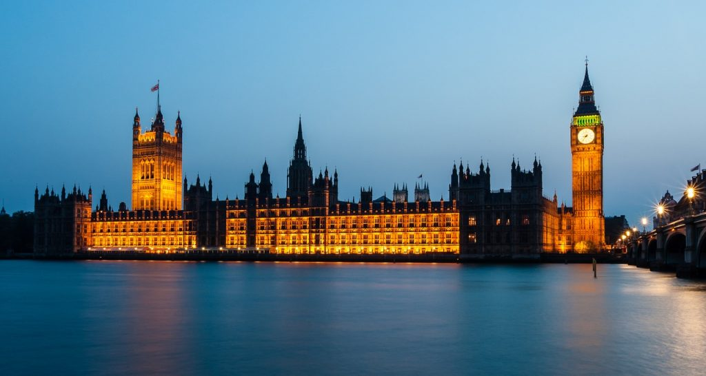 houses-of-parliament-1055056_1280